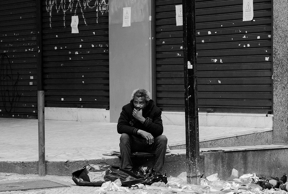5 Ways to Help Someone Suffering from Homelessness